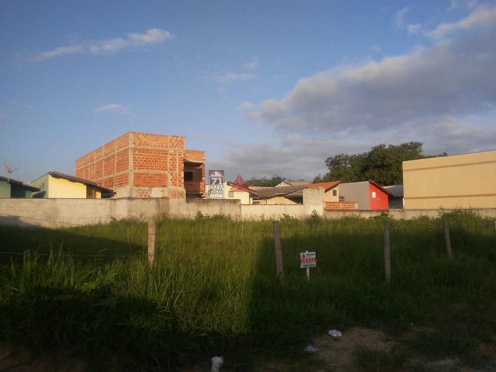 Comprar Terreno / Padrão em Pindamonhangaba R$ 100.000,00 - Foto 1