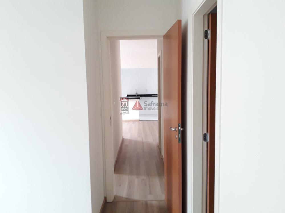 Alugar Apartamento / Padrão em Pindamonhangaba apenas R$ 1.100,00 - Foto 4