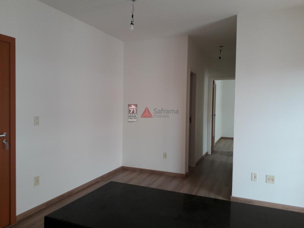 Alugar Apartamento / Padrão em Pindamonhangaba apenas R$ 1.100,00 - Foto 3