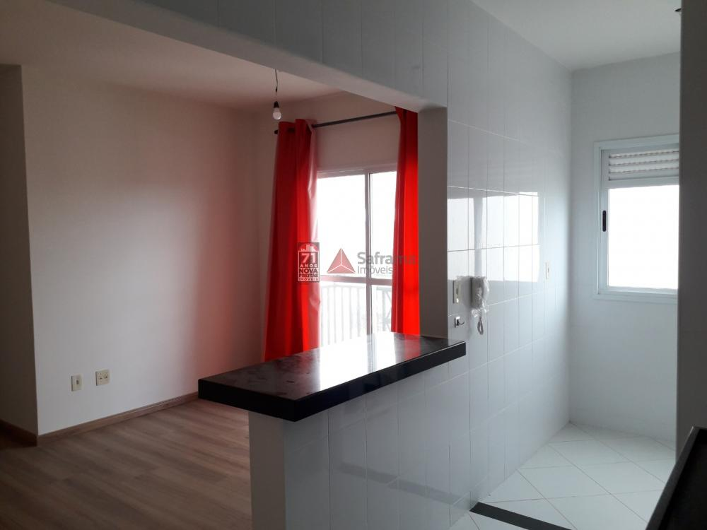 Alugar Apartamento / Padrão em Pindamonhangaba apenas R$ 1.100,00 - Foto 2