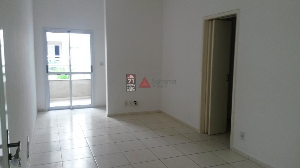 Comprar Apartamento / Padrão em Pindamonhangaba apenas R$ 215.000,00 - Foto 1