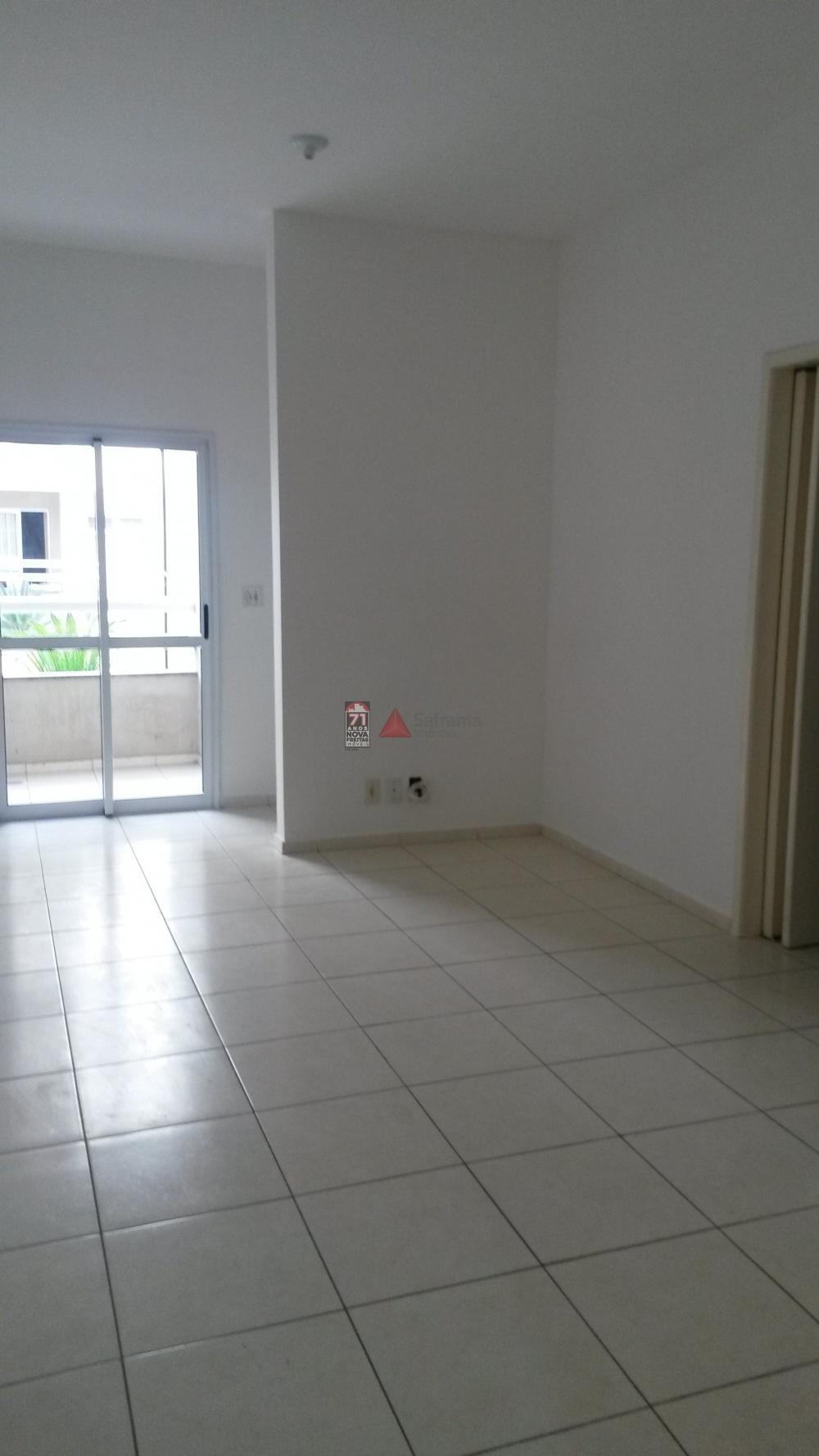 Comprar Apartamento / Padrão em Pindamonhangaba apenas R$ 215.000,00 - Foto 2