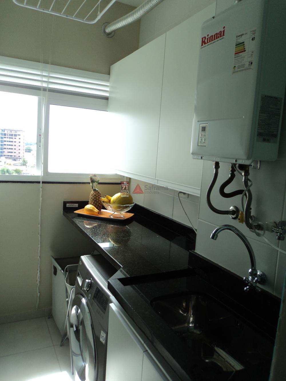 Comprar Apartamento / Padrão em Taubaté R$ 450.000,00 - Foto 2