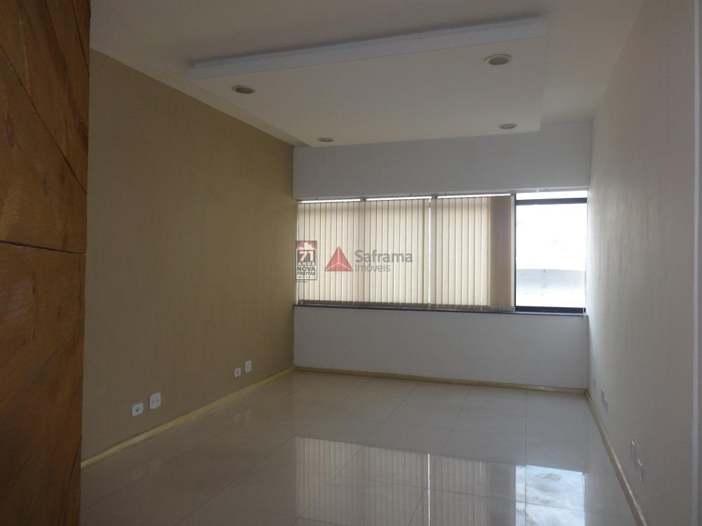 Alugar Comercial / Sala em condomínio em Pindamonhangaba R$ 650,00 - Foto 1