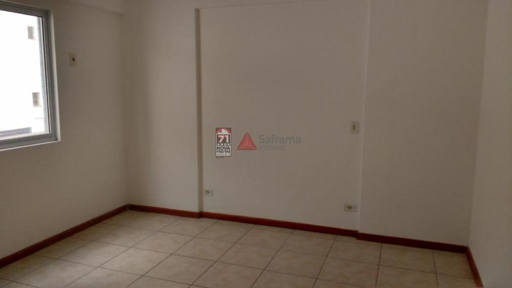 Alugar Apartamento / Padrão em Caraguatatuba R$ 2.000,00 - Foto 3