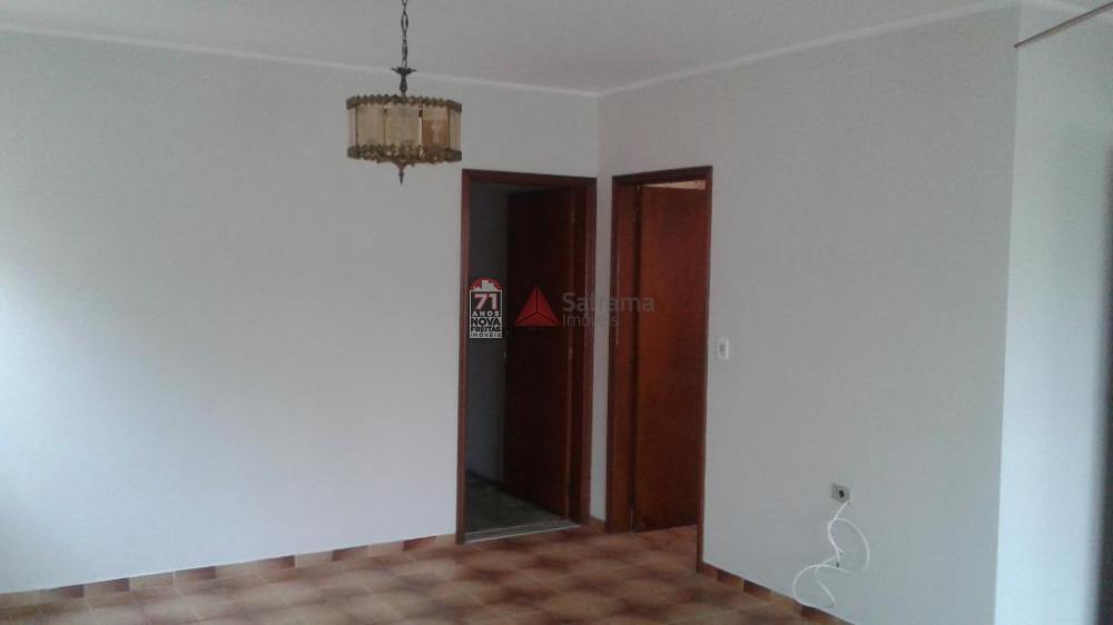 Alugar Casa / Padrão em São José dos Campos apenas R$ 1.900,00 - Foto 5