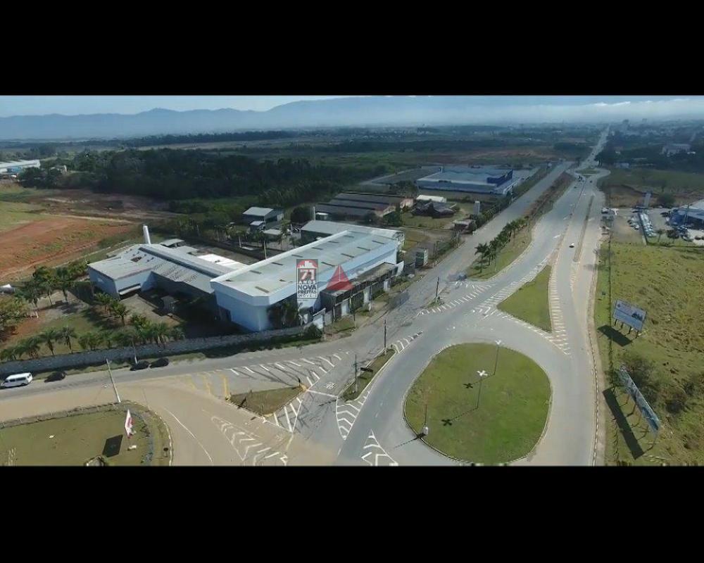 Alugar Comercial / Galpão Comercial em Pindamonhangaba R$ 30.000,00 - Foto 3