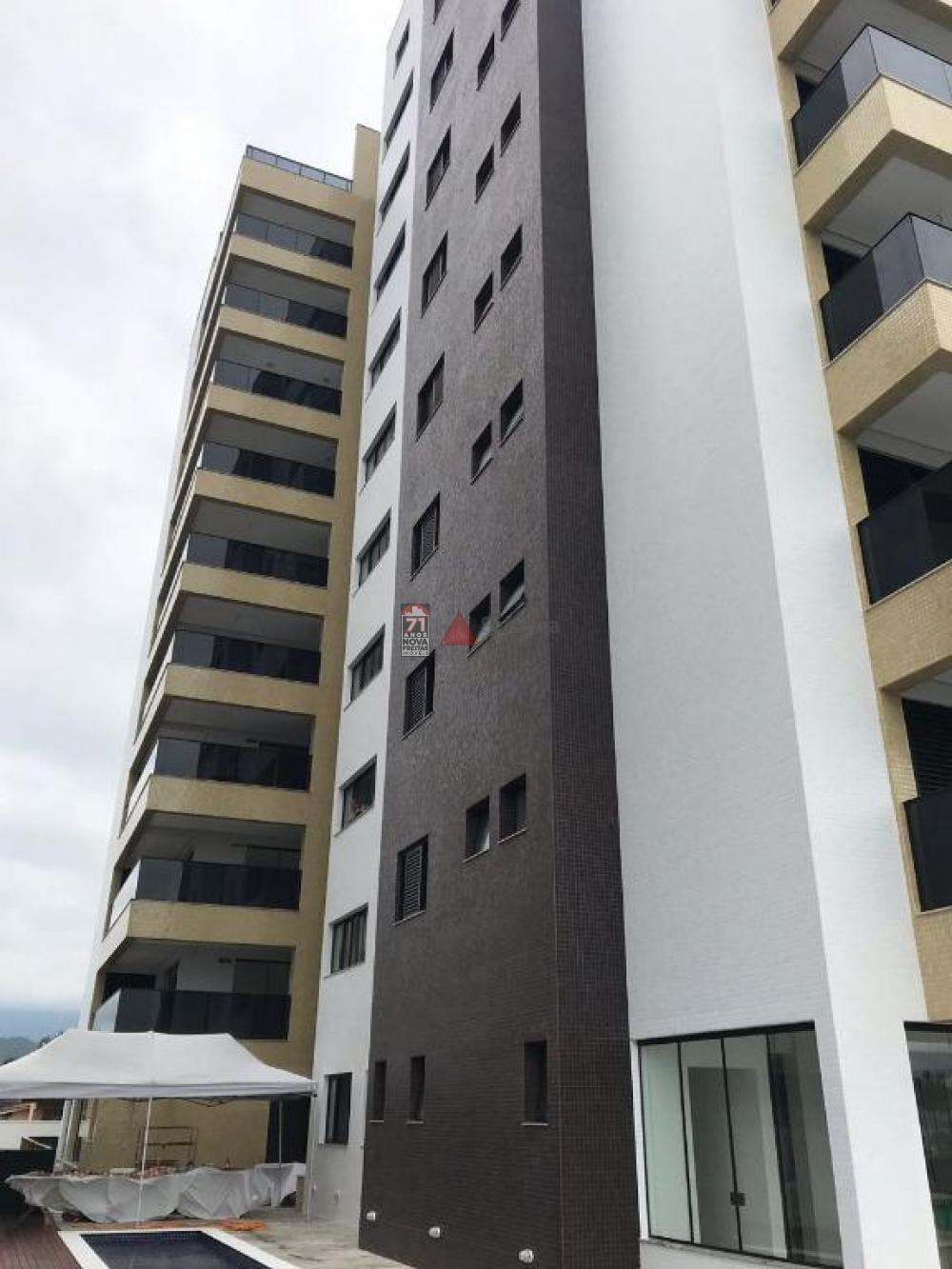 Comprar Apartamento / Padrão em Caraguatatuba R$ 1.200.000,00 - Foto 2
