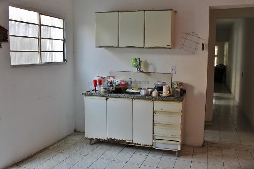 Comprar Casa / Padrão em Pindamonhangaba R$ 140.000,00 - Foto 3