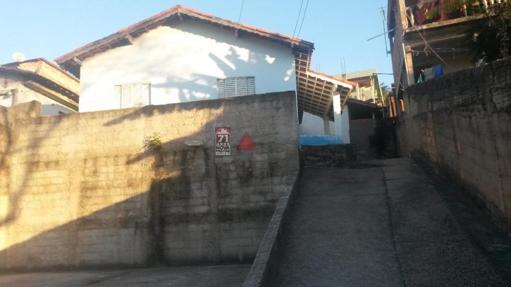Alugar Casa / Padrão em São José dos Campos apenas R$ 700,00 - Foto 1