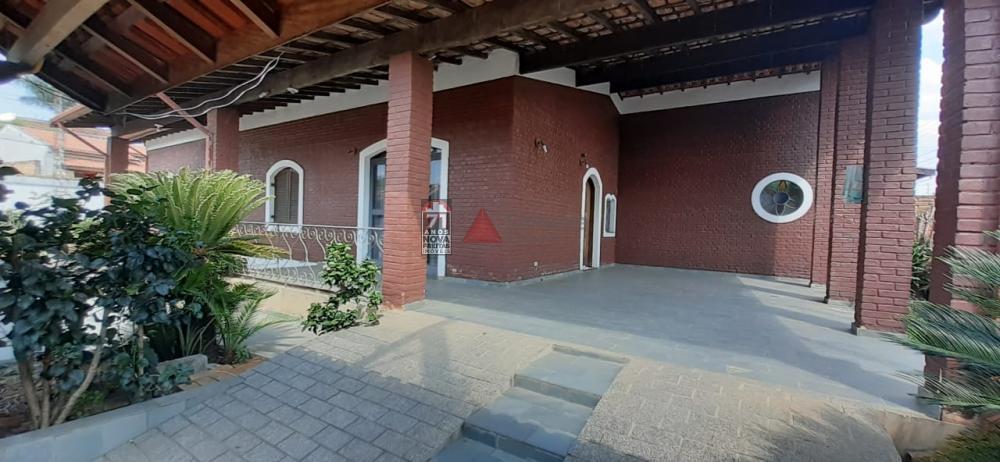 Alugar Casa / Padrão em Pindamonhangaba apenas R$ 1.700,00 - Foto 2
