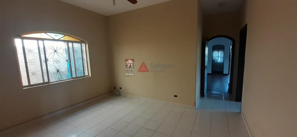 Alugar Casa / Padrão em Pindamonhangaba apenas R$ 1.700,00 - Foto 7