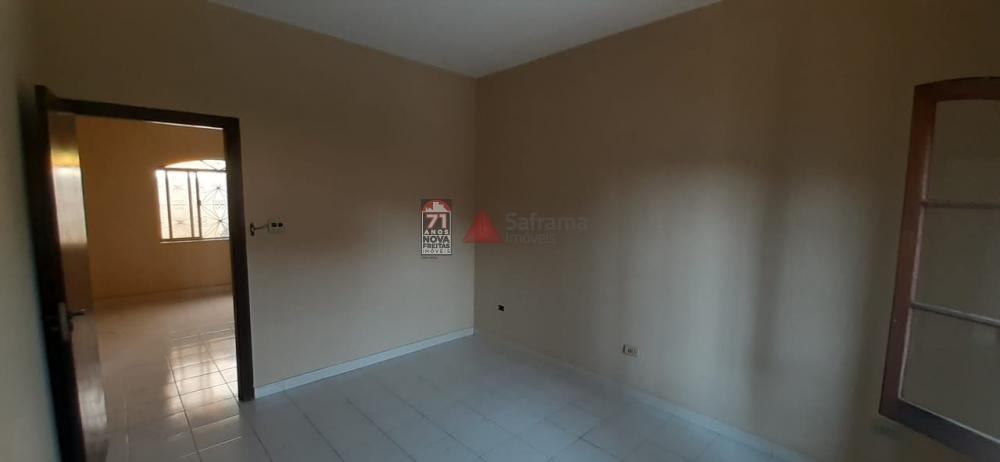 Alugar Casa / Padrão em Pindamonhangaba apenas R$ 1.700,00 - Foto 11
