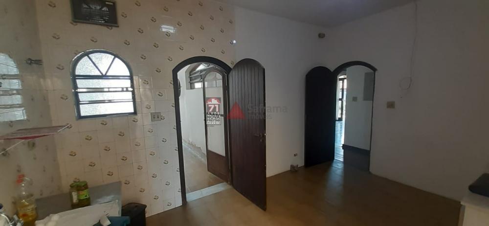 Alugar Casa / Padrão em Pindamonhangaba apenas R$ 1.700,00 - Foto 6