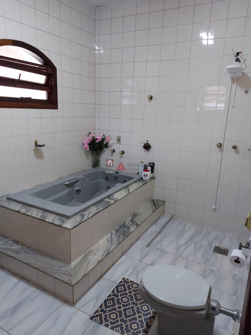 Comprar Casa / Padrão em Pindamonhangaba R$ 900.000,00 - Foto 12