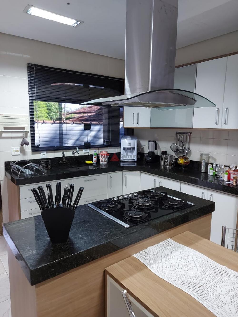 Comprar Casa / Padrão em Pindamonhangaba R$ 900.000,00 - Foto 6