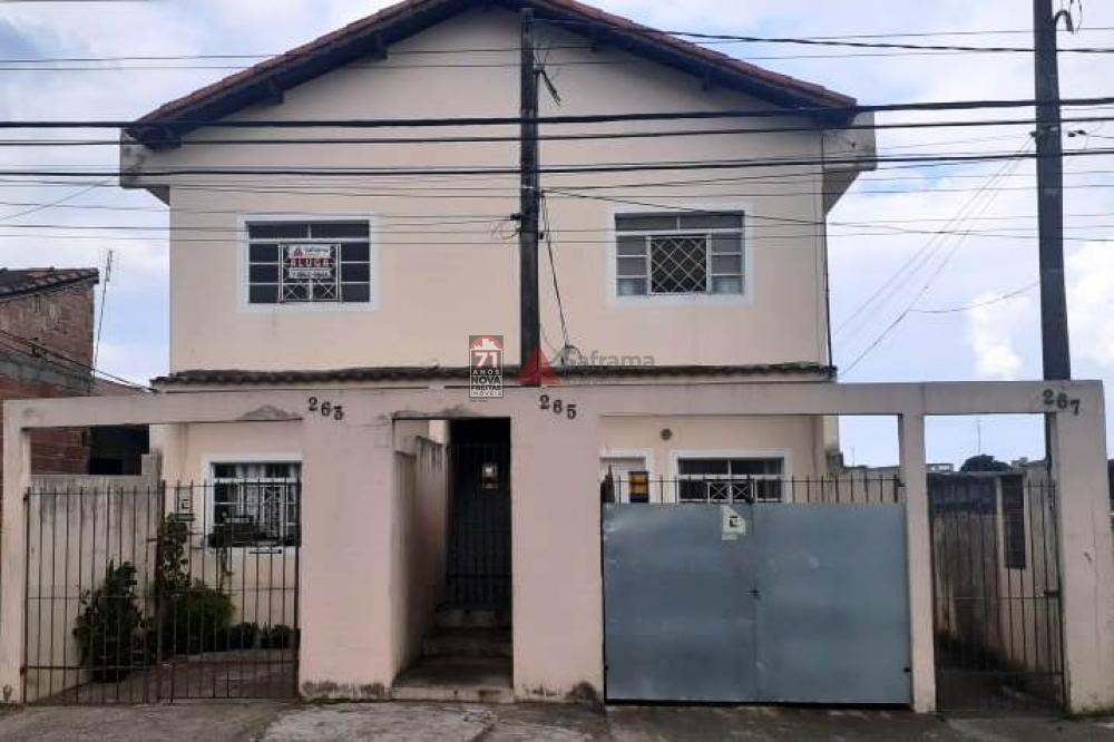 Casa / Padrão em Pindamonhangaba Alugar por R$500,00
