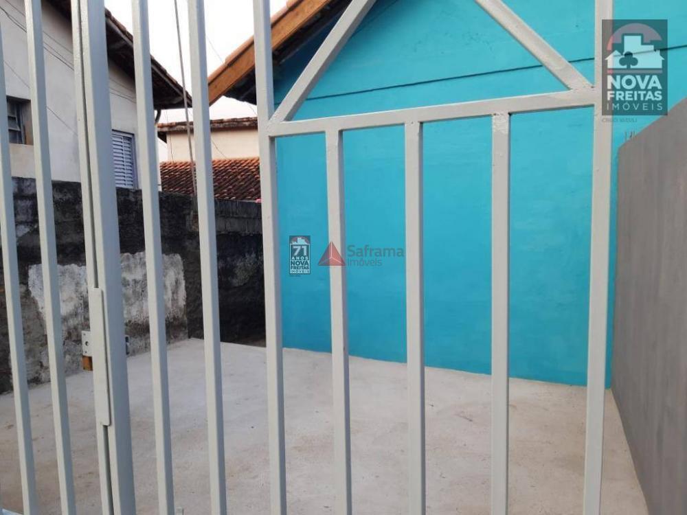Casa / Padrão em São José dos Campos Alugar por R$800,00