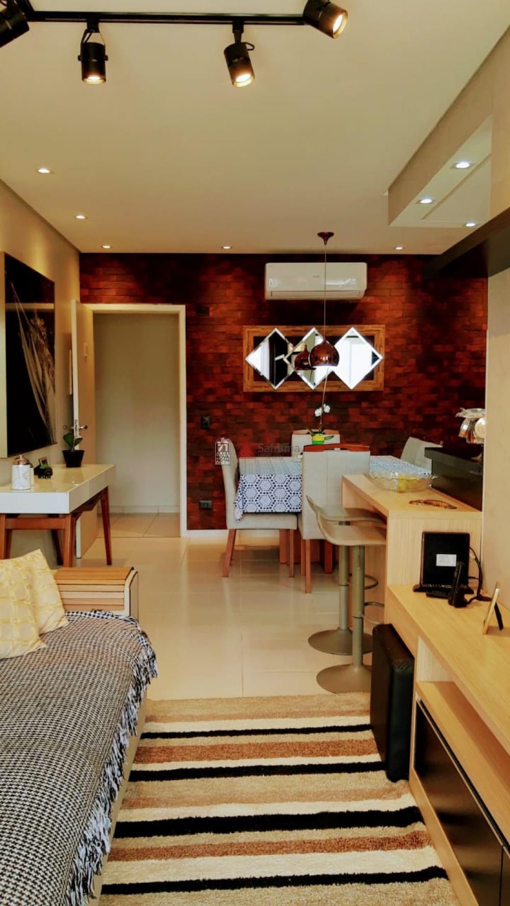 Comprar Apartamento / Padrão em Caraguatatuba apenas R$ 310.000,00 - Foto 1
