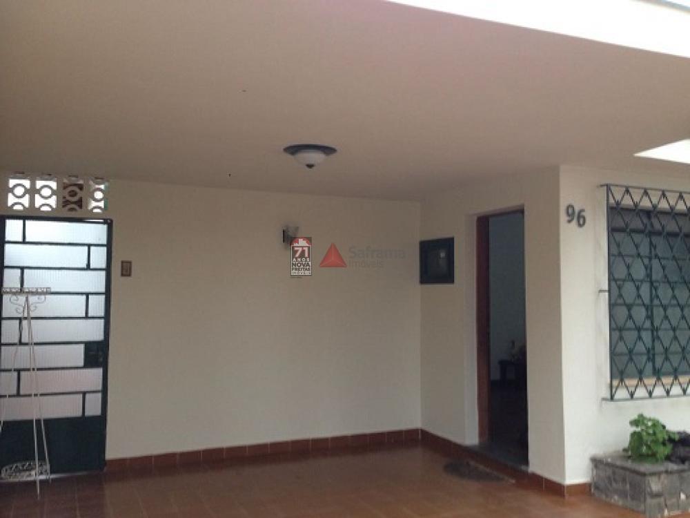 Comprar Casa / Padrão em Pindamonhangaba apenas R$ 600.000,00 - Foto 2