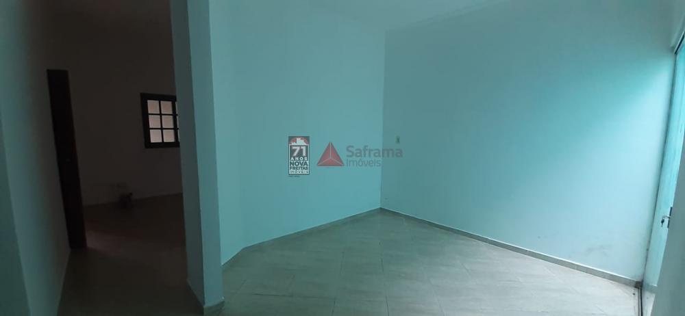 Comprar Casa / Padrão em Pindamonhangaba apenas R$ 220.000,00 - Foto 4
