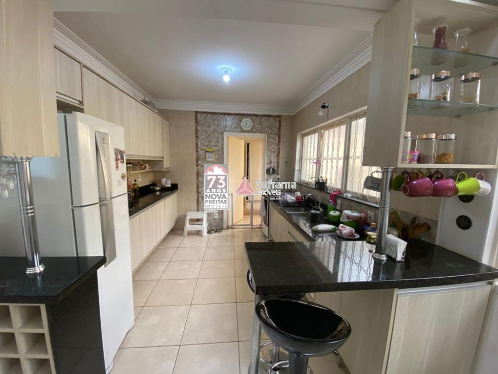 Comprar Casa / Padrão em São José dos Campos R$ 850.000,00 - Foto 2