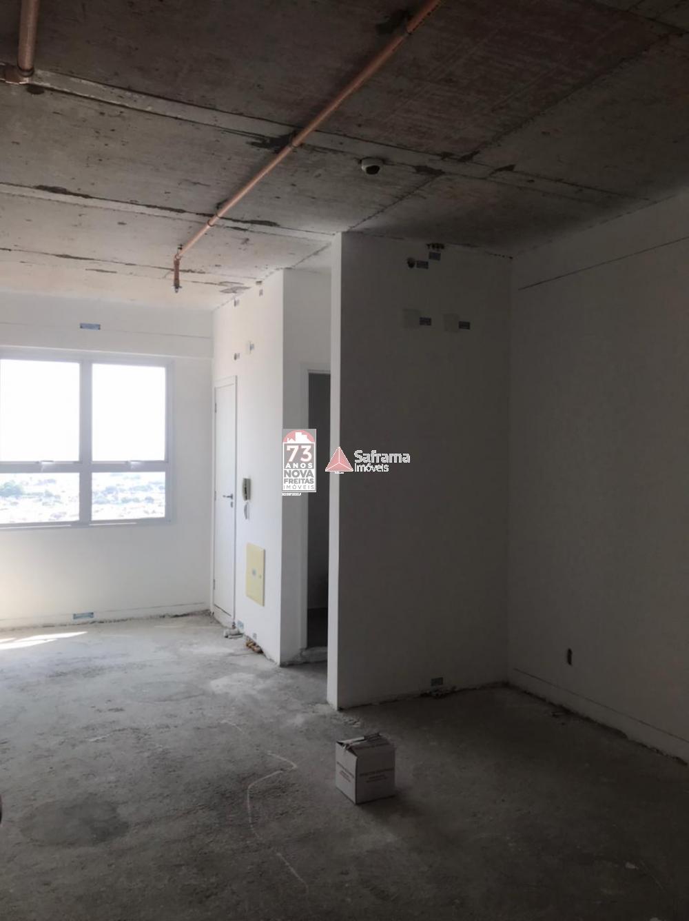 Comercial / Sala em condomínio em Jacareí , Comprar por R$240.000,00