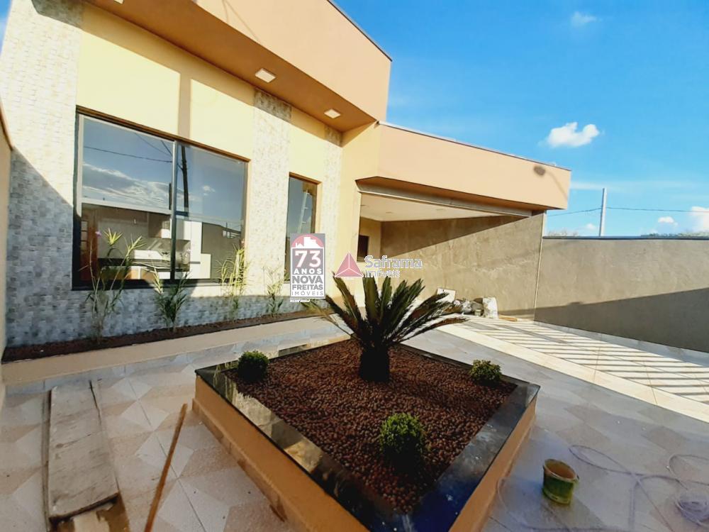 Comprar Casa / Padrão em Pindamonhangaba R$ 405.000,00 - Foto 2