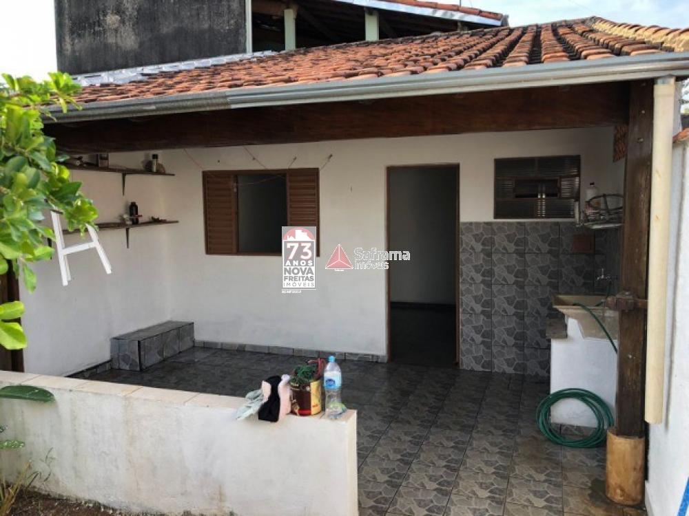 Casa / Padrão em Jacareí , Comprar por R$245.000,00