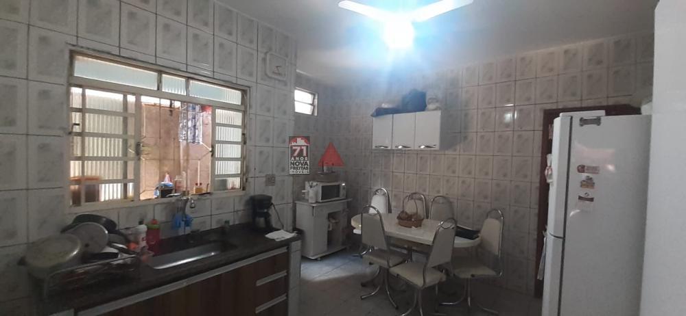 Comprar Casa / Padrão em Pindamonhangaba R$ 195.000,00 - Foto 2