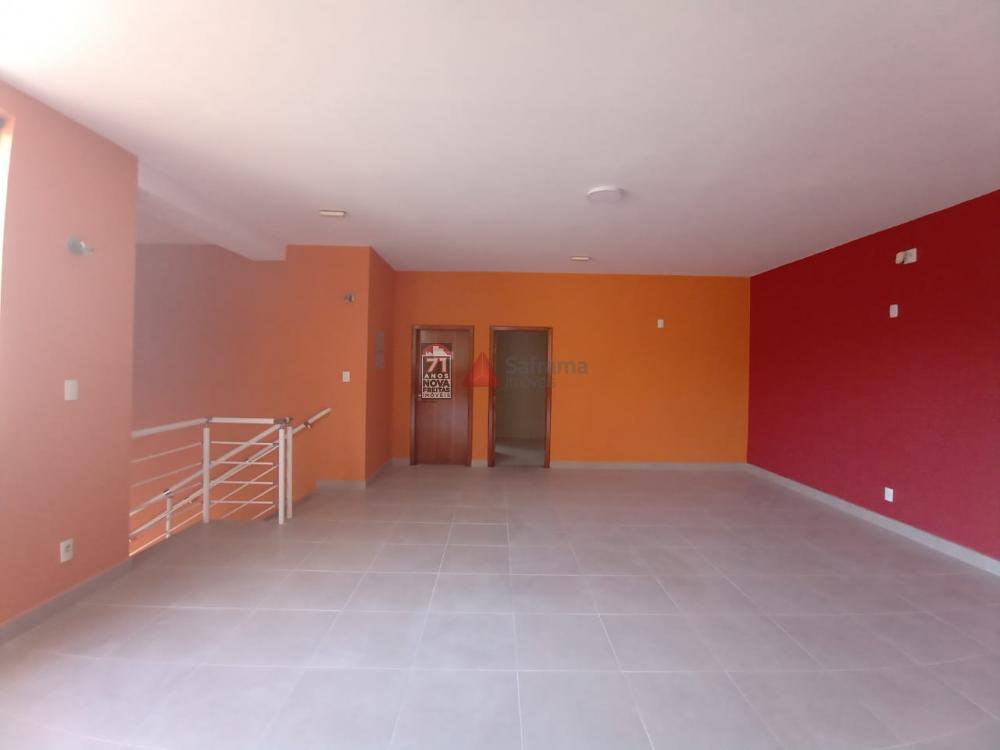 Alugar Comercial / Loja em Pindamonhangaba R$ 5.500,00 - Foto 13