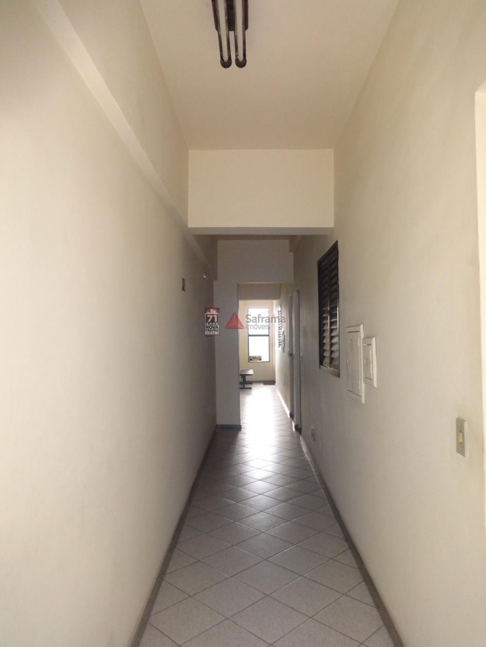 Alugar Comercial / Sala em condomínio em Pindamonhangaba R$ 650,00 - Foto 7