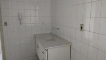 Alugar Apartamento / Padrão em São José dos Campos. apenas R$ 1.000,00