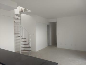 Alugar Apartamento / Cobertura em Pindamonhangaba. apenas R$ 550.000,00
