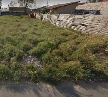 Alugar Terreno / Padrão em Pindamonhangaba. apenas R$ 75.000,00