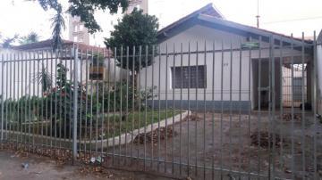 Alugar Casa / Padrão em São José dos Campos. apenas R$ 1.000.000,00