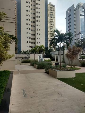 Alugar Apartamento / Padrão em São José dos Campos. apenas R$ 3.800.000,00