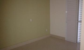 Alugar Casa / Sobrado em Condomínio em Caraguatatuba. apenas R$ 440.000,00