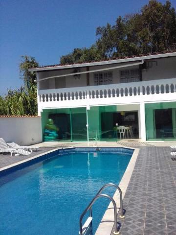 Alugar Casa / Padrão em Caraguatatuba. apenas R$ 450.000,00