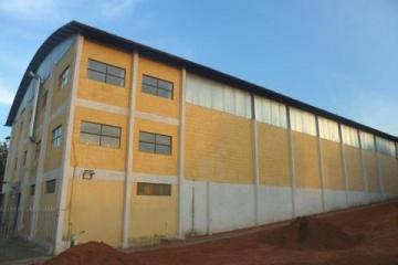 Alugar Comercial / Galpão em São José dos Campos. apenas R$ 12.000,00