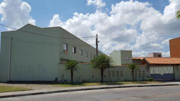 Alugar Casa / Sobrado em Condomínio em Jacareí. apenas R$ 178.000,00