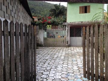 Alugar Casa / Padrão em Caraguatatuba. apenas R$ 170.000,00