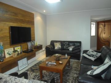 Alugar Apartamento / Padrão em Taubaté. apenas R$ 650.000,00