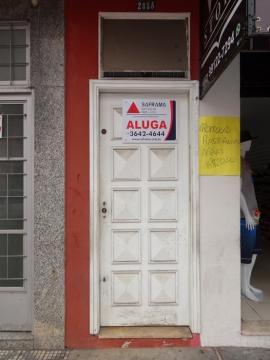 Alugar Apartamento / Kitchnet sem condomínio em Pindamonhangaba. apenas R$ 450,00
