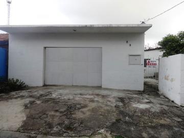 Alugar Casa / Casa com ponto comercial em Pindamonhangaba. apenas R$ 170.000,00