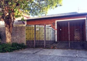 Alugar Casa / Padrão em São José dos Campos. apenas R$ 460.000,00