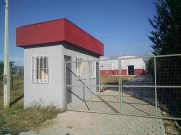Alugar Comercial / Galpão Industrial em Pindamonhangaba. apenas R$ 28.000,00