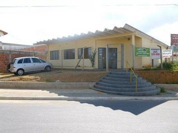 Alugar Terreno / Padrão em São José dos Campos. apenas R$ 390.000,00