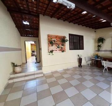 Alugar Casa / Padrão em São José dos Campos. apenas R$ 350.000,00
