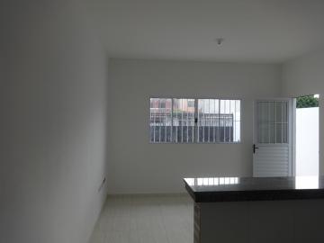 Alugar Casa / Padrão em Pindamonhangaba. apenas R$ 175.000,00